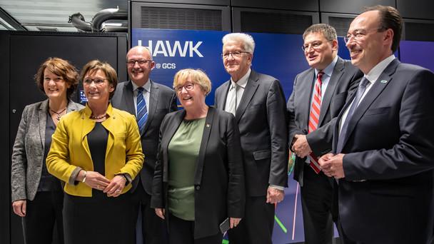 Einweihung des Supercomputers HAWK in Stuttgart