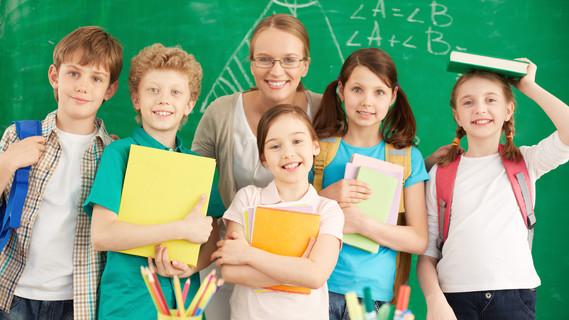 Schüler und Lehrerin