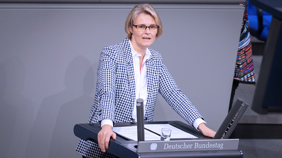 Bundesministerin Anja Karliczek während ihrer Rede im Rahmen der Bundestagsdebatte.
