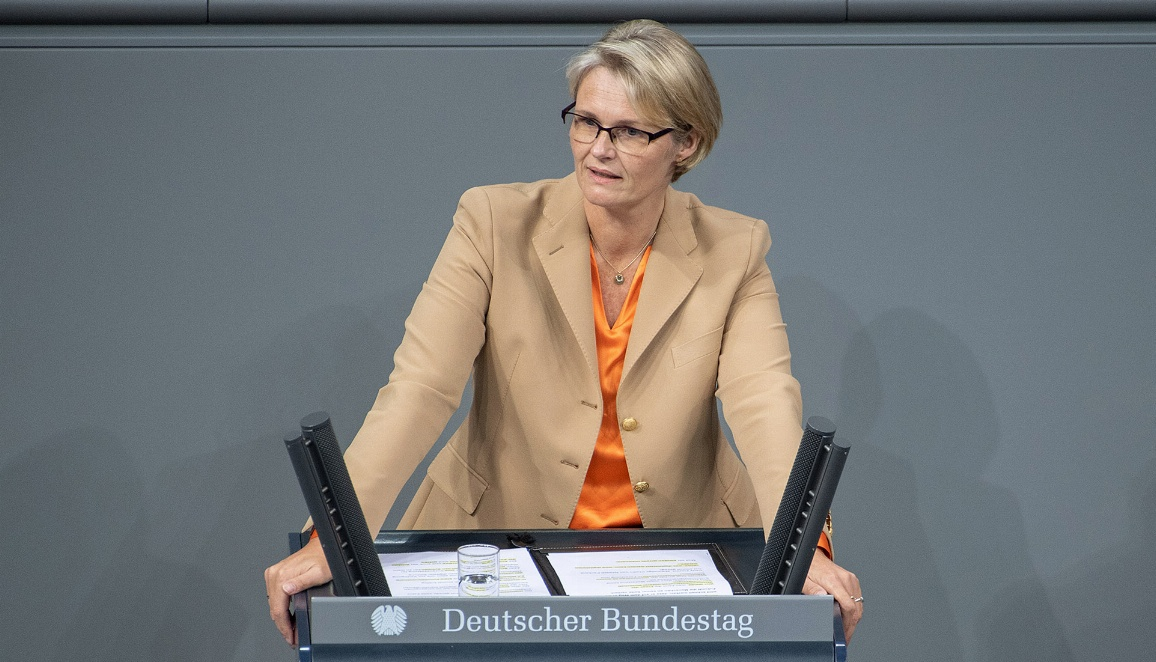 Bundesministerin Anja Karliczek bringt den Haushalt des BMBF für das Jahr 2021 in die parlamentarische Beratung ein.