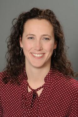 Dr. Janine Felden