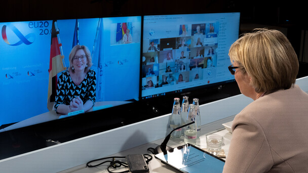 Bundesministerin Julia Klöckner nahm ebenfalls an der Sitzung teil.