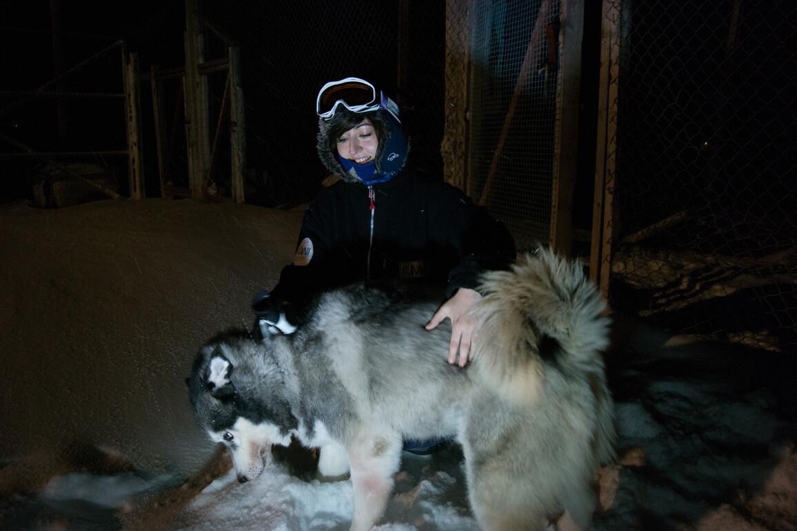 Bettina Haupt vom Alfred-Wegener-Institut leitet in diesem Jahr die deutsch-französische Polarforschungsstation AWIPEV auf Spitzbergen