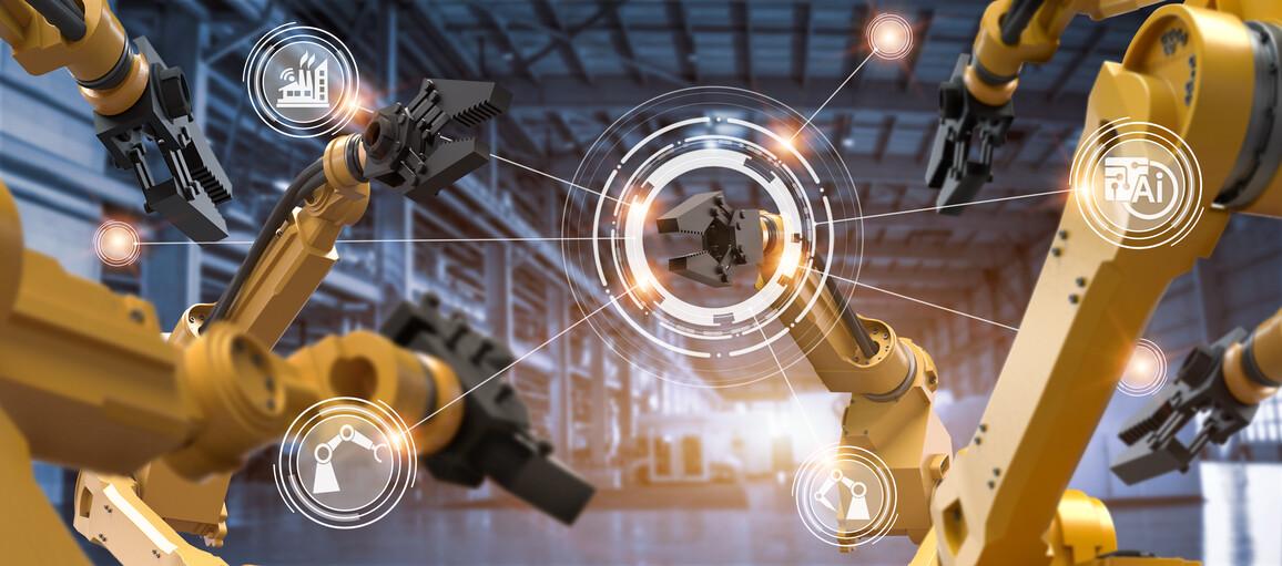 Roboterarmmaschine in der intelligenten Fabrikindustrie
