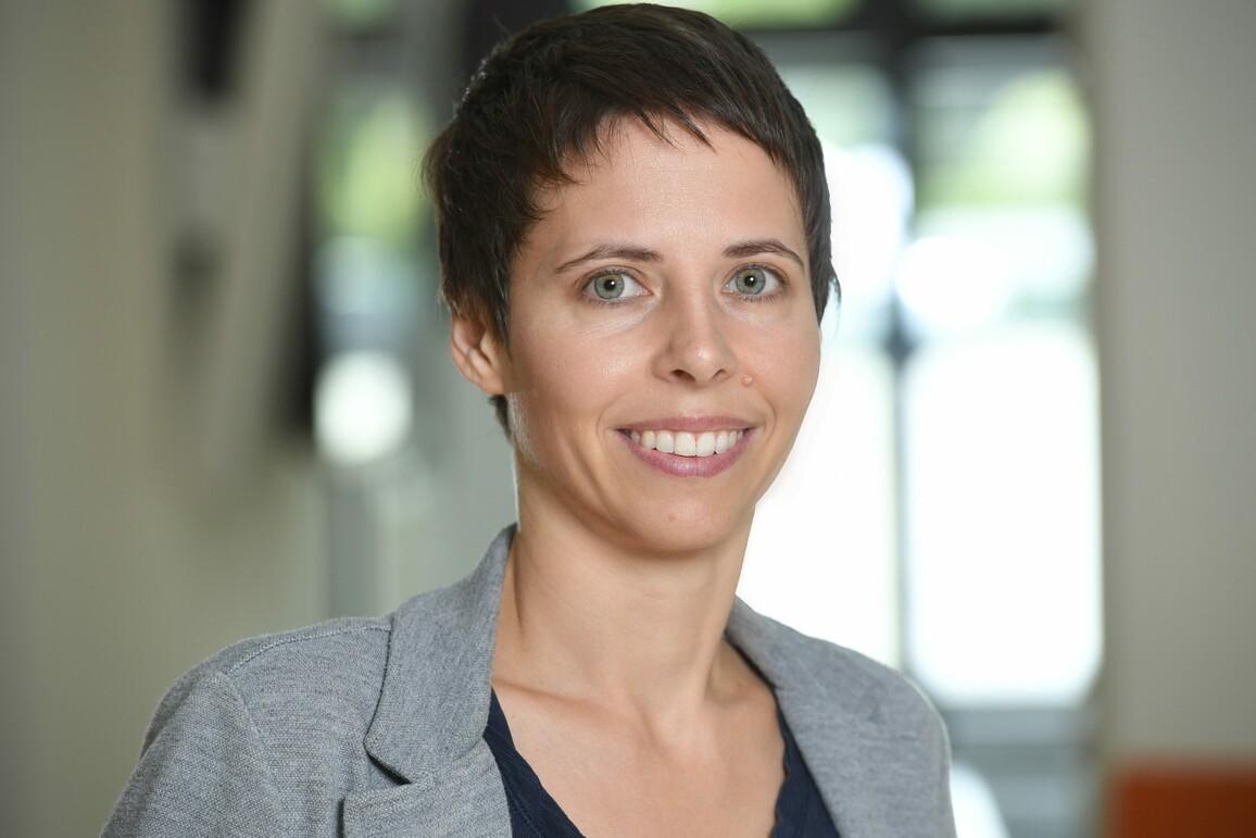 Dr. Edda Schulz will die Geheimnisse weiblicher Zellen entschlüsseln und setzt dabei auf mathematische Modelle.