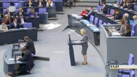 Poster zum Video Im Bundestag - Haushalt 2016