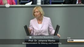 Poster zum Video Im Bundestag: Bundestagsrede zu Industrie 4.0 und Smart Services