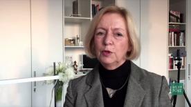 Poster zum Video Bildungsministerin Johanna Wanka im Gespräch mit HuffPost-Herausgeber Cherno Jobatey