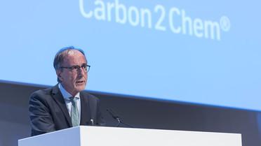 Karl Eugen Huthmacher bei der Kickoff-Veranstaltung des BMBF-geförderten Forschungsprojektes 'Carbon2Chem' in Essen.