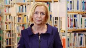 Poster zum Video Drei Fragen an Prof. Dr. Johanna Wanka