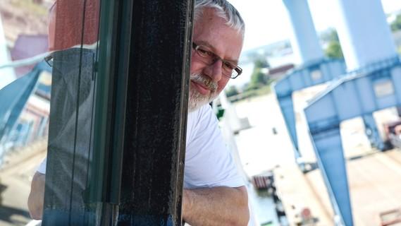 Kapitän Lutz Mallon auf dem Forschungsschiff SONNE