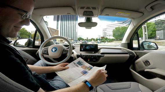 Sichere und komfortable Mobilität im automatisierten Fahrzeug