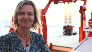Die Meeresforscherin Andrea Koschinsky auf dem Forschungsschiff Sonne.
