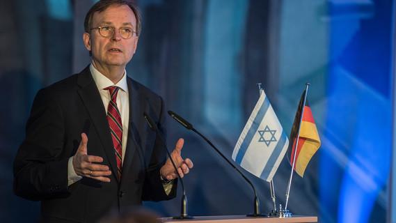 Thomas Rachel, Parlamentarischer Staatssekretär bei der Bundesministerin für Bildung und Forschung, während der Preisverleihung.