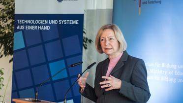 Bundesministerin Johanna Wanka startet die