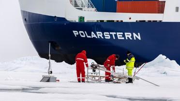 Bilder von der Polarstern-Expidition ARK XXVII-3 in die zentrale Arktis.