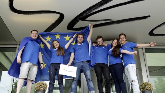 EuroApprentices sind junge Menschen, die während ihrer dualen Ausbildung mit Erasmus+ im europäischen Ausland waren.