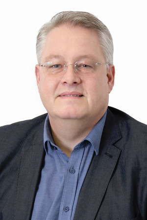 Professor Dr. Andreas Melzer
