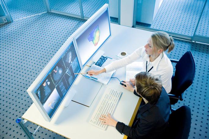 Computerunterstützte Analyse von Pumpfunktion und Durchblutung des Herzens durch kombinierte Auswertung von CT- und MRT-Aufnahmen. (Quelle DLR-PT / BMBF)