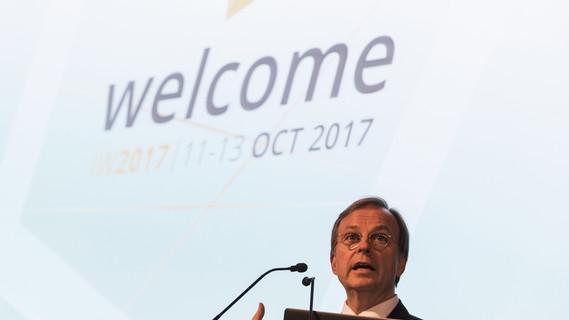 Thomas Rachel, Parl. Staatssekretär bei der Bundesministerin für Bildung und Forschung, während seiner Rede