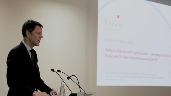 Georg Schütte, Staatssekretär im Bundesministerium für Bildung und Forschung, während seiner Rede