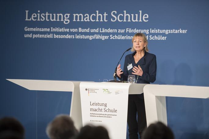 Gabriele Weigand, Leiterin des Forschungsverbundes 'Leistung macht Schule'